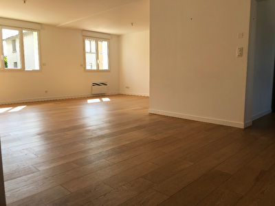 Photo n° 2 - Appartement Saint Lo 4 pièce(s)