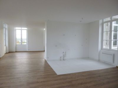 Photo n° 1 - Achat/ vente Coutances centre ville appartement