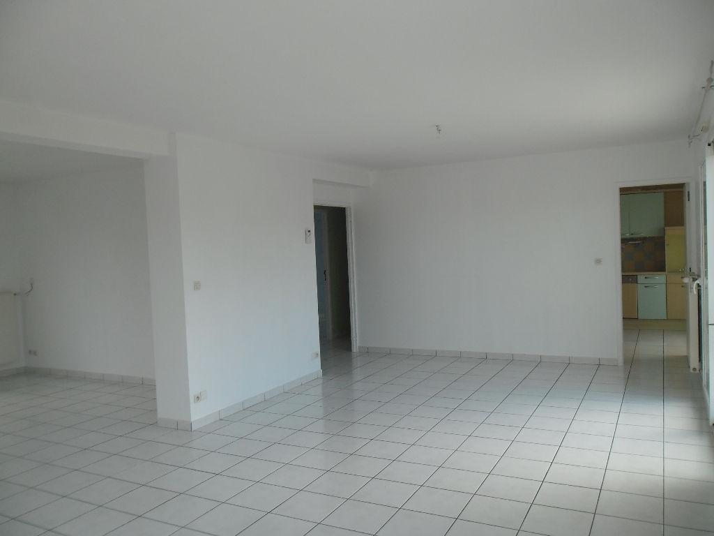 Immobilier a vendre vente acheter ach maison 14440 for Agrandir fenetre sous sol