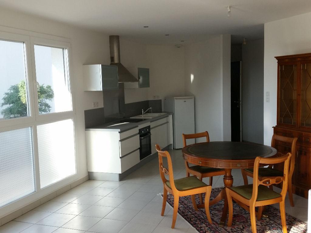 immobilier a vendre vente acheter ach appartement 50400 3 pi ce s 55 7. Black Bedroom Furniture Sets. Home Design Ideas
