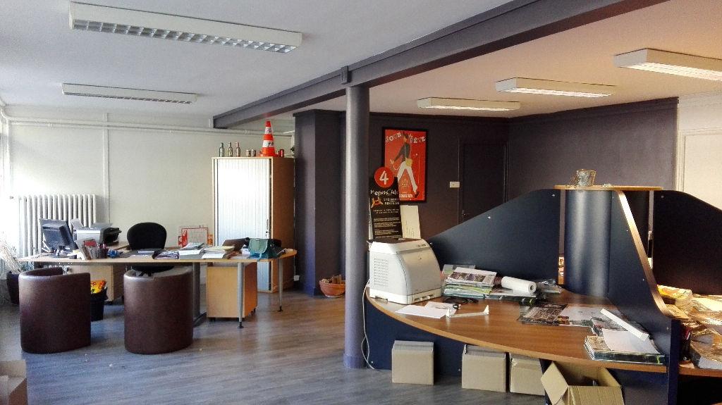 immobilier a louer locati bureaux 50000 120 m2 cabinet folliot lo