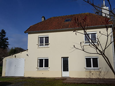 Immobilier a louer locati maison 50570 89 m2 cabinet folliot coutances - Location maison 4 chambres ...