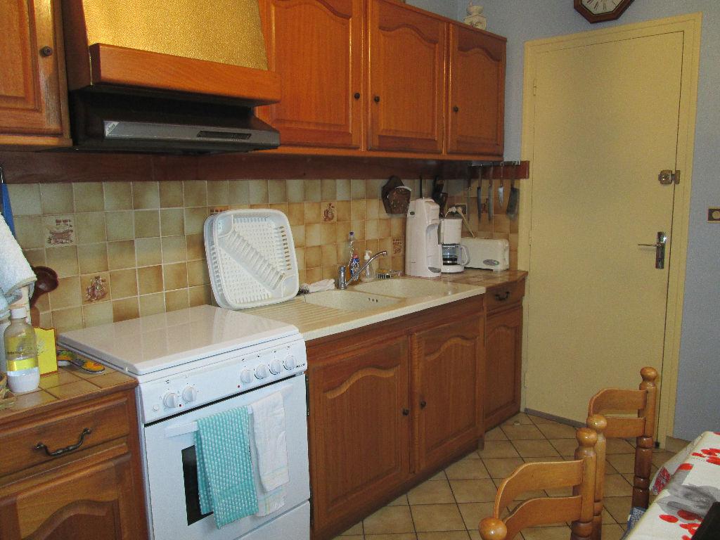 immobilier a vendre vente acheter ach maison 50290 5 pi ce s 97 m2. Black Bedroom Furniture Sets. Home Design Ideas