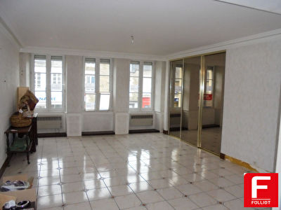 Photo n° 0 - Appartement Pontorson 5 pièce(s) 118 m2