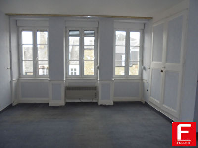 Photo n° 1 - Appartement Pontorson 5 pièce(s) 118 m2