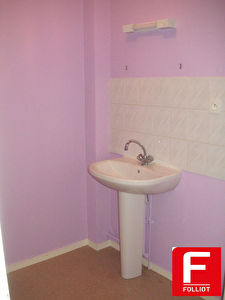 Photo n° 3 - A louer appartement type F3 - centre ville Carentan (50500)