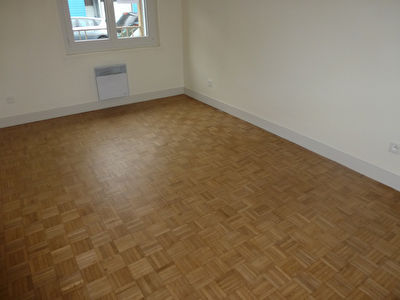 Photo n° 3 - A LOUER - Appartement de plain-pied en centre-ville Coutances 50200