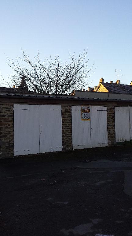 Immobilier a louer locati parking box 50000 for Acheter un garage pour louer