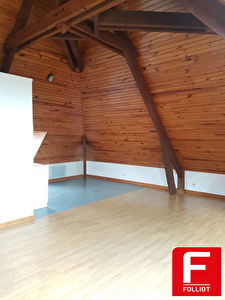 A LOUER Appartement GRAND STUDIO EN DUPLEX 50000 SAINT LO 28m2
