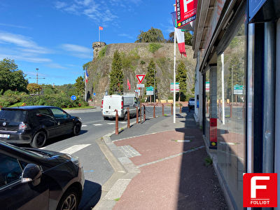 Local commercial Saint-lo 93 m2